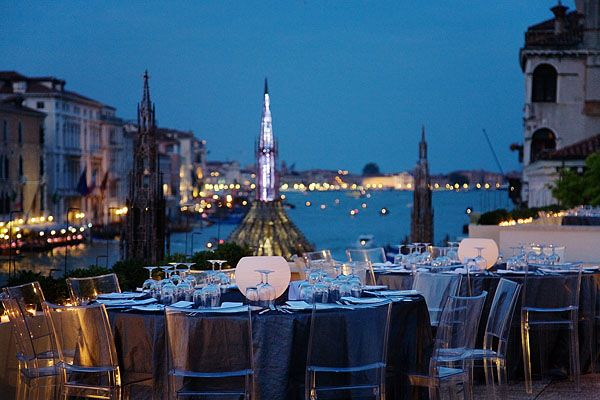 The 13 best museums to get married at art zealous for Orari museo guggenheim venezia